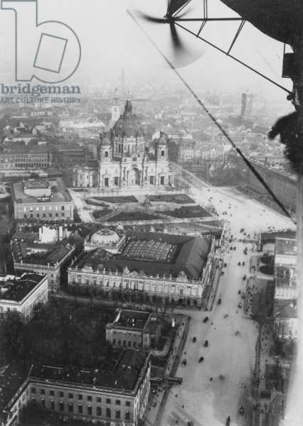 Aerial photo of Berlin, 1914 (b/w photo)