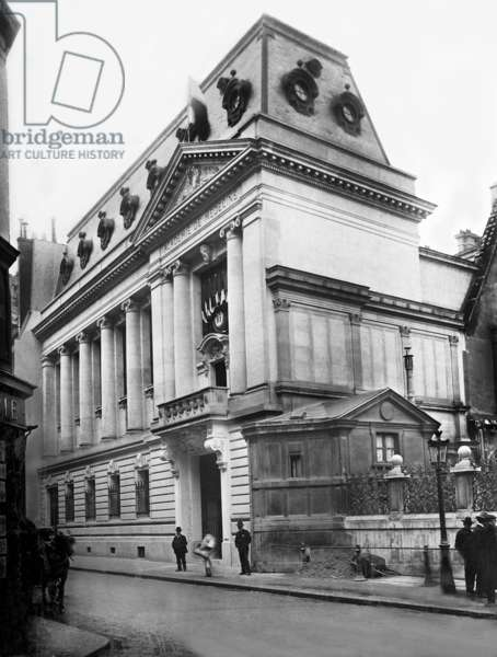 Academy of Medicine in Paris, 1903 (b/w photo)