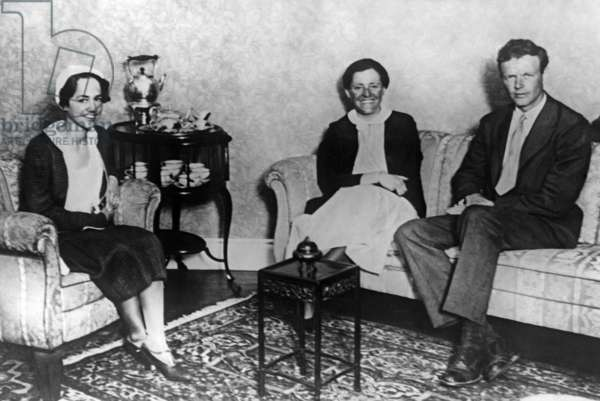 Marga von Etzdorf with Charles Lindbergh in Tokyo, 1931 (b/w photo)
