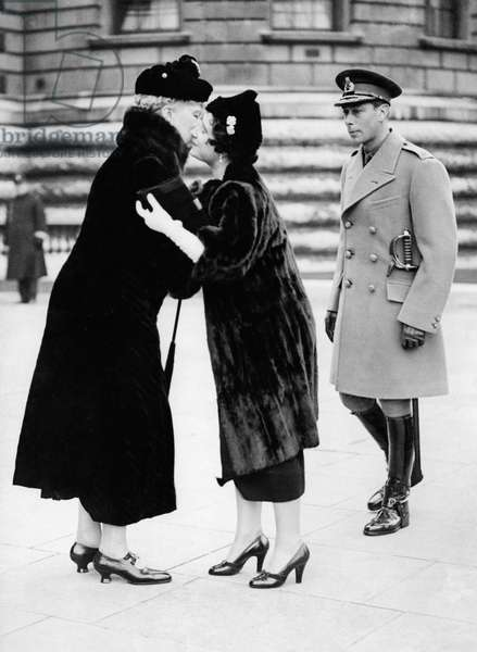 Elizabeth, Queen, Windsor, UK, mother of Queen Elizabeth II. / With George VI.