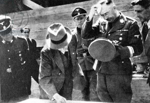 Heinrich Himmler, Rudolf Hoess with engineer Max Faust in Auschwitz