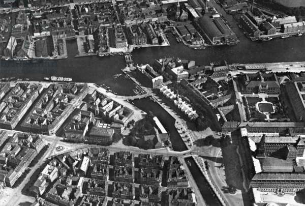 Aerial photo of Copenhagen (b/w photo)