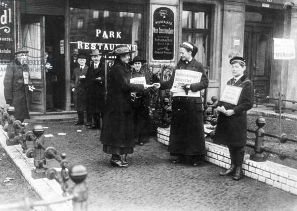 Red Cross nurse as an election assistant, 1919