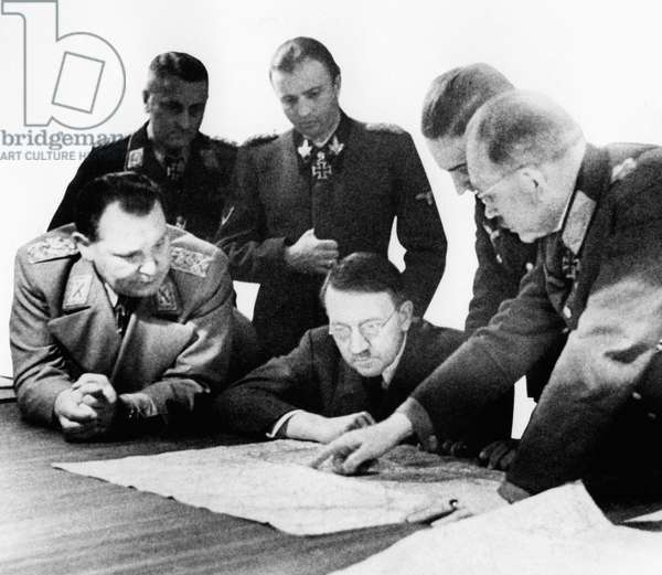 General Heinz Guderian advising Adolf Hitler and leading Nazis on military strategy (b/w photo)