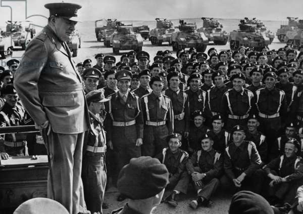Winston Churchill holds a speech in front of tankers, 1943 (b/w photo)
