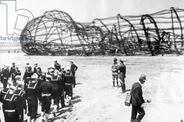Framework of the crashed airship Hindenburg, 1937 (b/w photo)