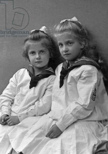 The daughters of the King of Saxony, 1906 (b/w photo)