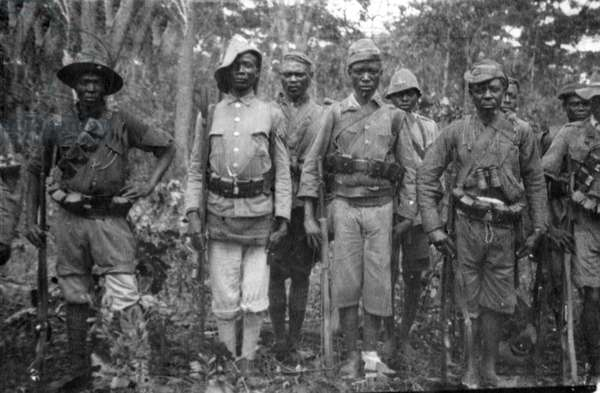 Askaris in German East Africa in the First World War, 1914 (b/w photo)