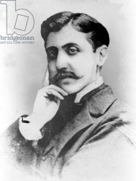 Marcel Proust (b/w photo)