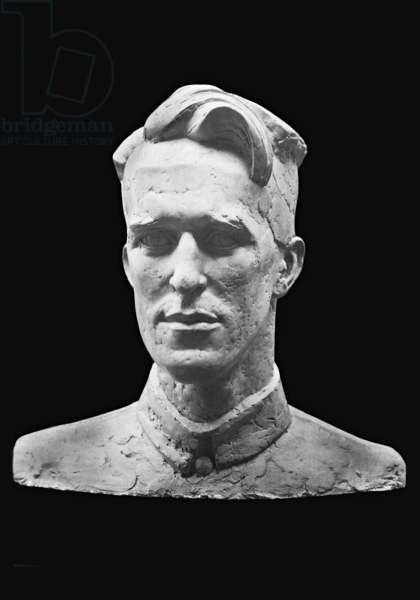 Bust of Lawrence of Arabia (b/w photo)