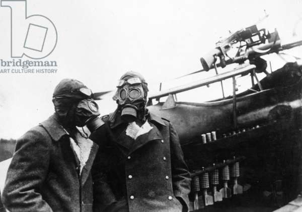 German pilots with gas masks, 1916 (b/w photo)