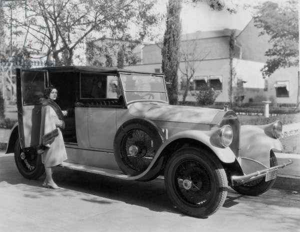 Pola Negri, 1928 (b/w photo)