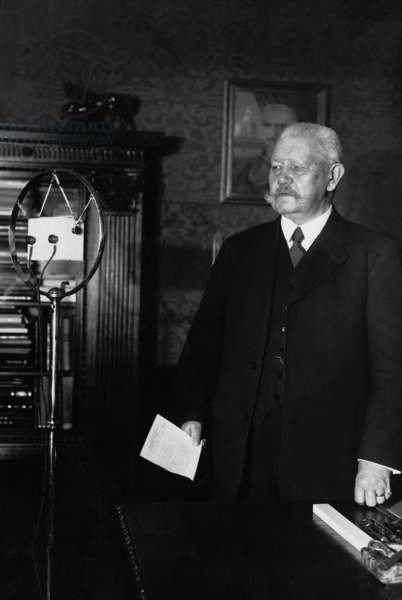 Paul von Hindenburg during his New Year speech, 1932 (b/w photo)