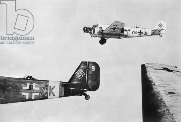 German transport planes during the Battle of Stalingrad, 1942 (b/w photo)
