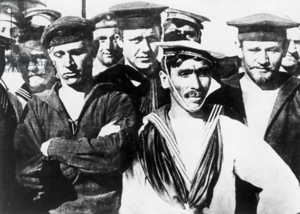 Sailors of the SMS Dresden and the 'Esmeralda, 1914 (b/w photo)
