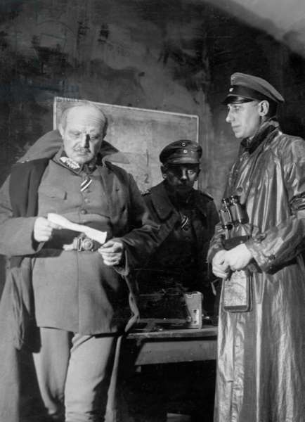 Hans Finohr, Kay Mueller and Willy Birgel in 'The Battle of Marne', 1933 (b/w photo)