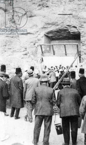 Investigation on the grave treasures of Tutankhamen (b/w photo)