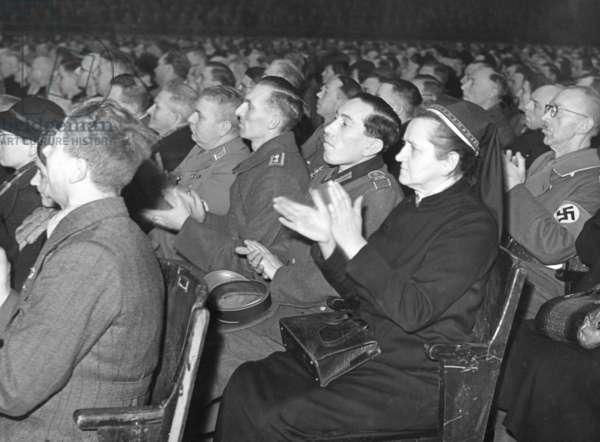 Listeners of Joseph Goebbels' speech in the Sportpalast, 1943
