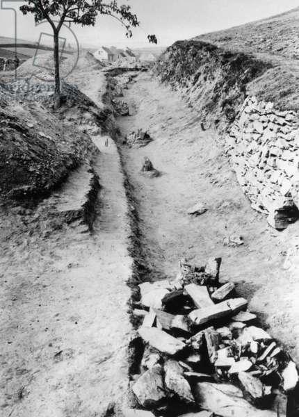 Excavations in ancient Bohemia, 1920s