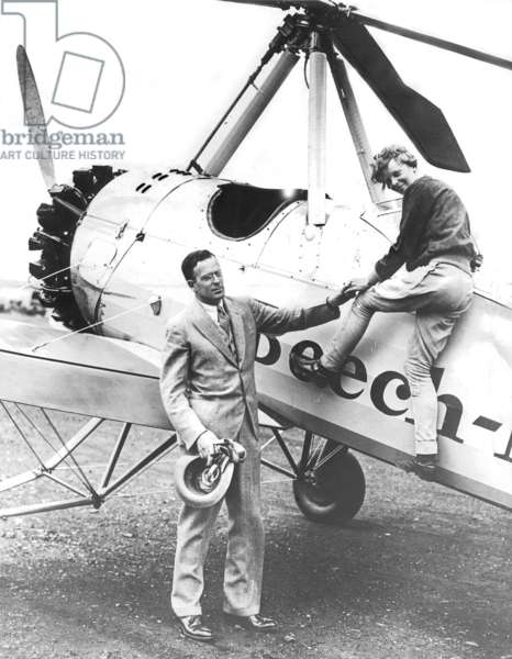 Amelia Earhart and her husband George Palmer Putnam (b/w photo)