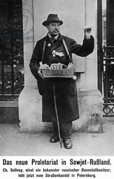 Street vendor in St. Petersburg, 1920