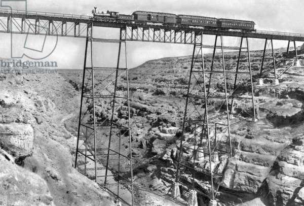 Railway bridge, 1903 (b/w photo)