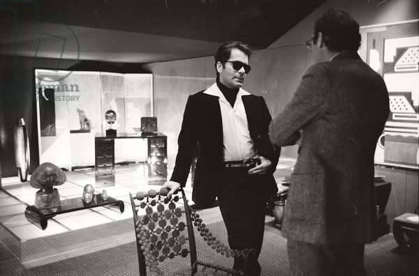 Karl Lagerfeld in his apartment, 1972