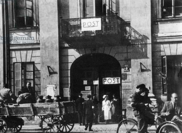 Post office in the Warsaw Ghetto (b/w photo)