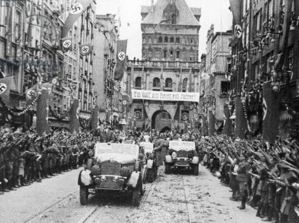 Hitler is welcomed in Danzig, 1939