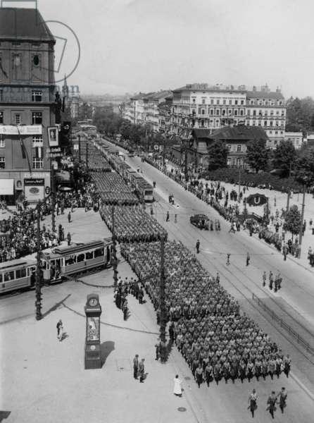 Parade of the Berlin SA on May 1, 1934 (b/w photo)