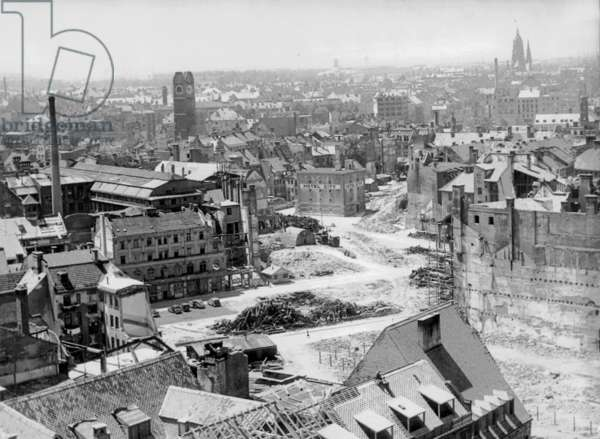 Landscape of ruins in Munich, 1945 (b/w photo)