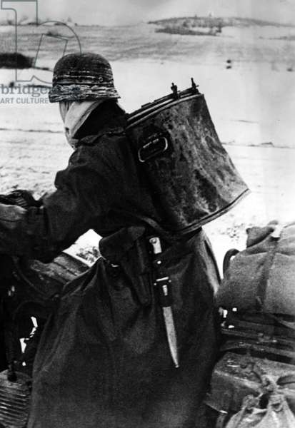 A German soldier on the Eastern Front, 1941 (b/w photo)