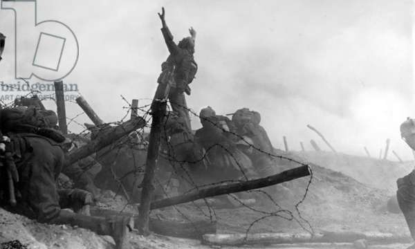 First Battle of the Marne, 1914 (b/w photo)