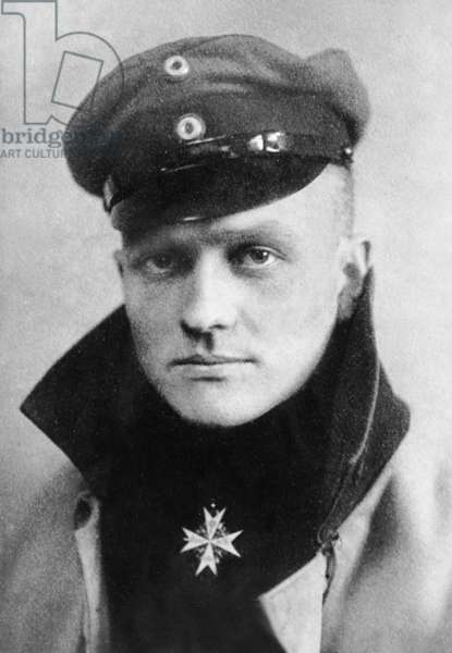 Manfred von Richthofen (b/w photo)