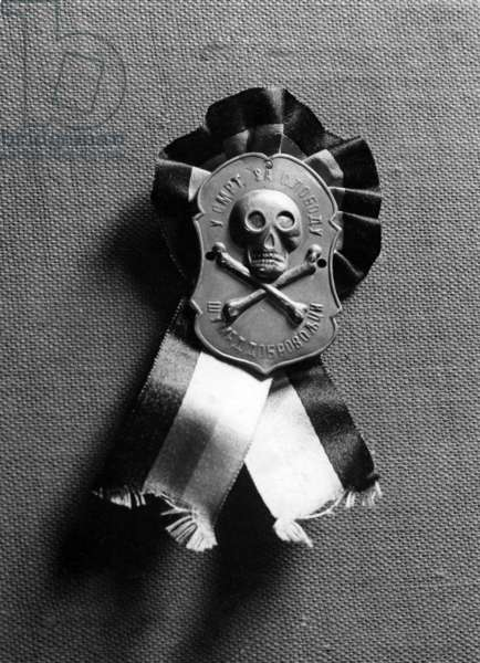 Badge of the secret organisation 'Black hand', 1914 (b/w photo)
