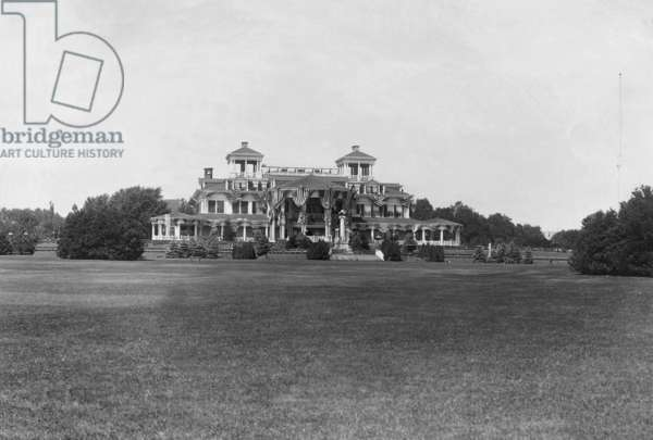 Summer residence of Woodrow Wilson (b/w photo)