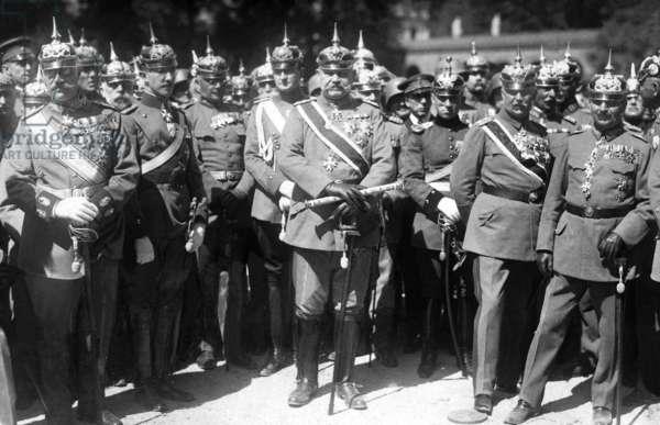 Paul von Hindenburg and Erich von Ludendorff at a military tradition meeting, 1922 (b/w photo)