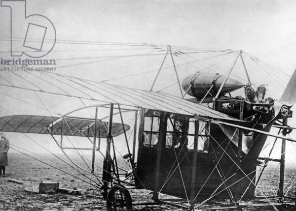 "Blèriot XXIV ""Limousine"", 1911 (b/w photo)"