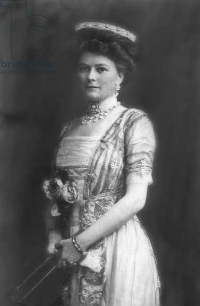 Sophie von Hohenberg, wife of the Archduke Franz Ferdinand, 1913 (b/w photo)