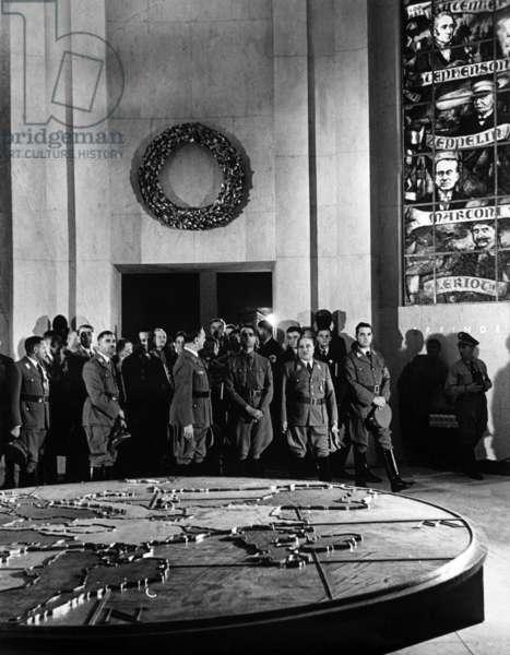 "Ley, Hess, Rosenberg at the exhibition ""Europas Schicksalskampf im Osten"" at the Reich Party Congress 1938 (b/w photo)"