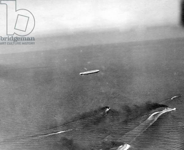 German warships in the North Sea during the First World War (b/w photo)