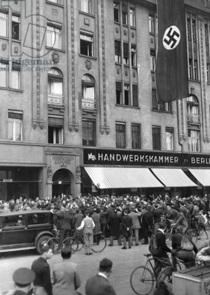 The Sturmabteilung occupies the Chamber of Trade, 1933 (b/w photo)