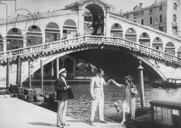 Rialto Bridge over the Grand Canal (b/w photo)