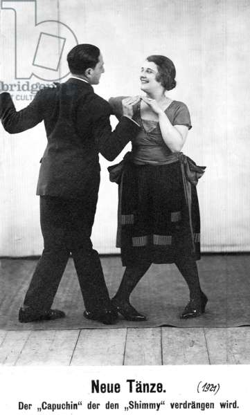 Fashionable dances from the 1920s: the Capuchin Swing (b/w photo)