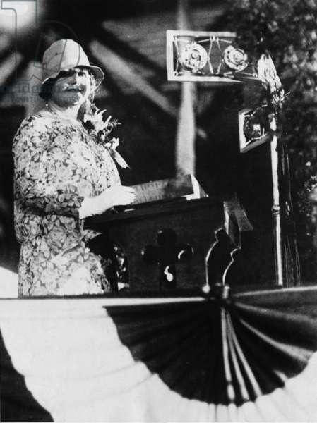 Edith Wilson, 1928 (b/w photo)