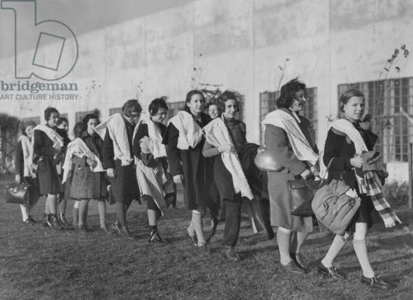 German Jewish children after their arrival in the United Kingdom, 1938 (b/w photo)