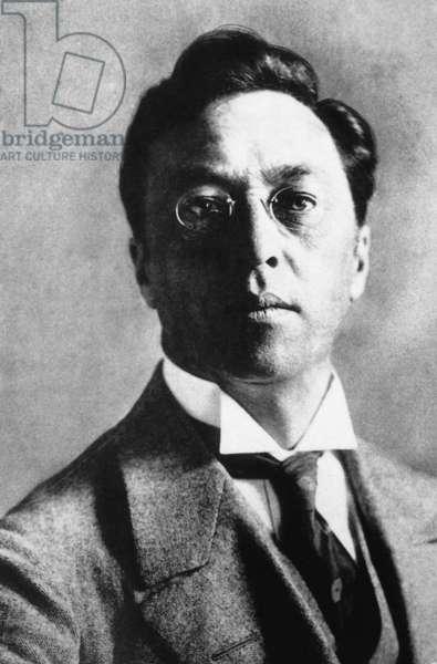 Wassily Kandinsky, 1910 (b/w photo)