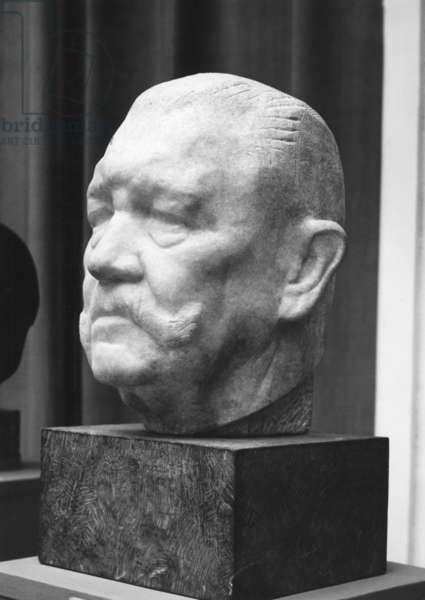 """""""President of the Reich v. Hindenburg"""" by Bernhard Bleeker, 1941 (b/w photo)"""