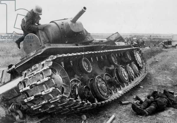 Shot up Russian KW 1 tank, 1941 (b/w photo)