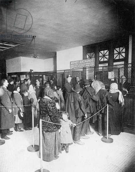 Immigrants on Ellis Island (b/w photo)